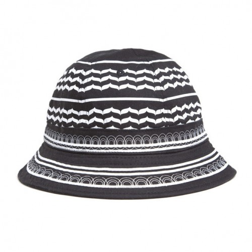 [BLACK SCALE] HOLIDAY HELLDAY BUCKET HAT (BLACK)