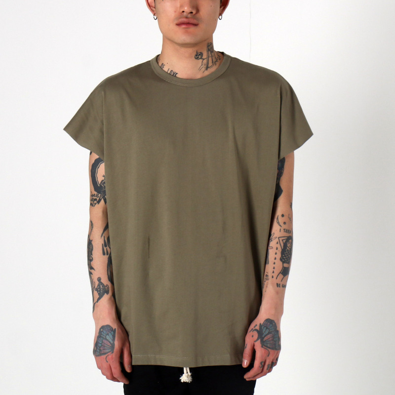 [1+1 EVENT] [$ SHOP SALE] [EPTM] BACK SEAM MUSCLE TEE (FADE OLIVE)