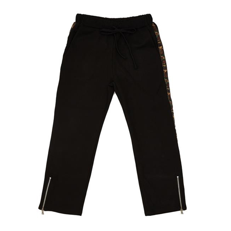 [OVERR] ESSAY.2 CAMO TAPING BLACK PANTS