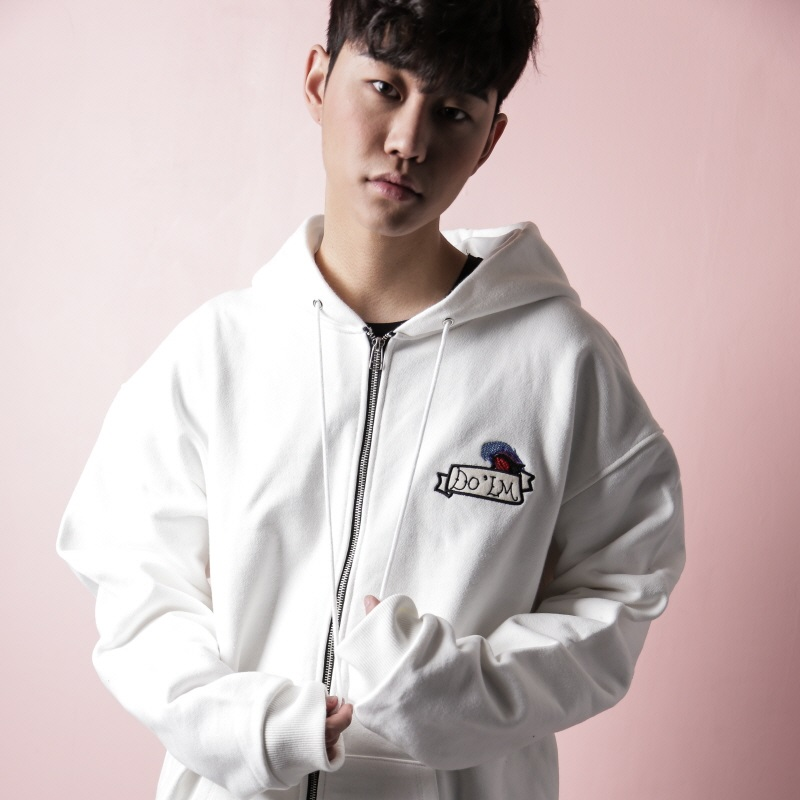 [DOLM] LIGHTHOUSE HOODIE ZIPUP (WHITE)