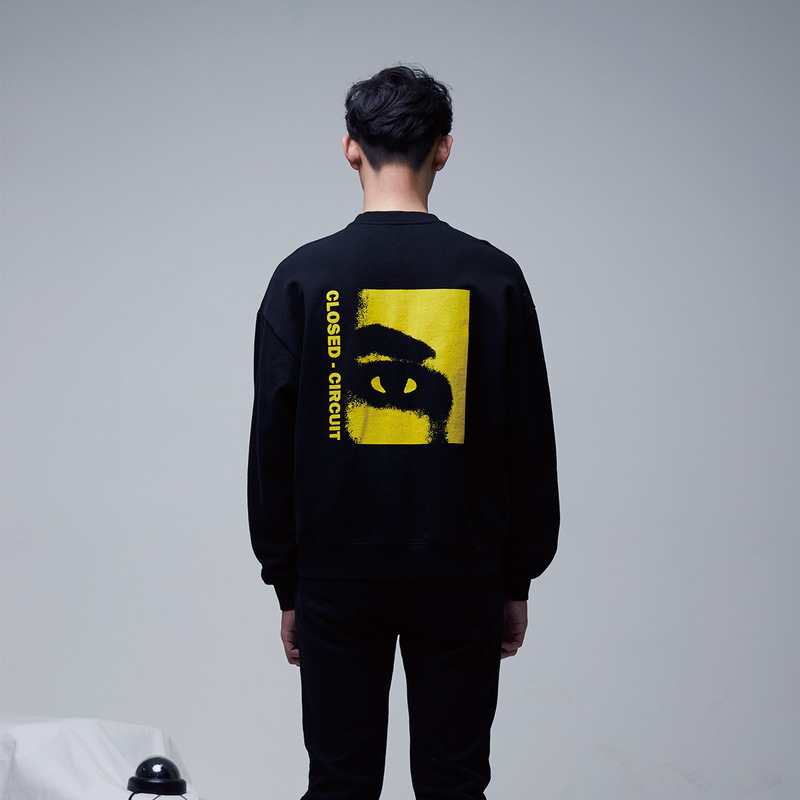 [51PERCENT] CLOSED - CIRCUIT EYE SWEATSHIRT (BLACK)