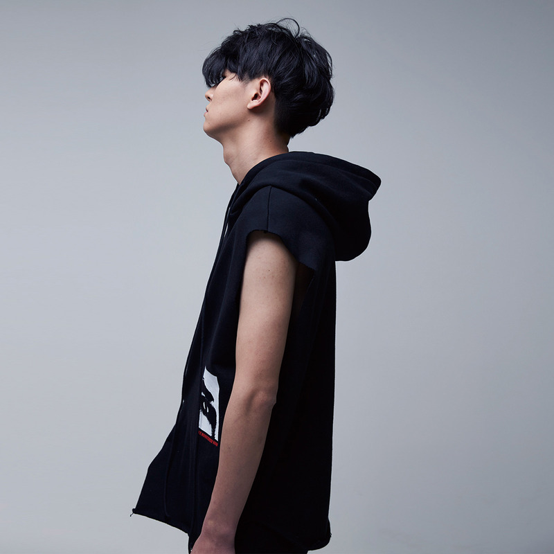 [51PERCENT] MONITORED SLEEVELESS HOODIE (BLACK)