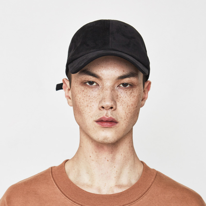 [D.PRIQUE] SUEDE BALL CAP / BLACK