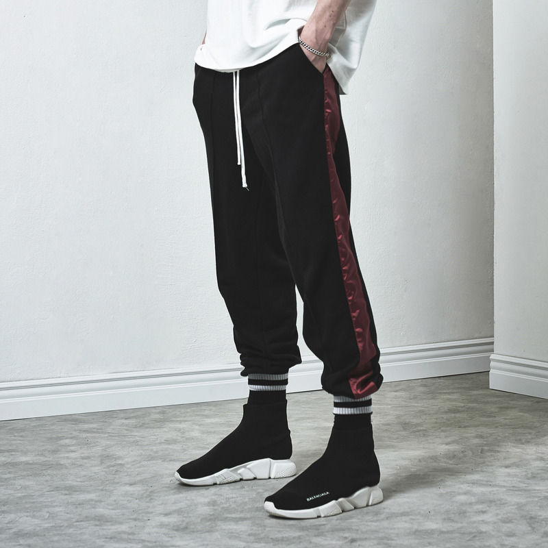[D.PRIQUE] TRACK SWEAT PANTS / BLACK (OXBLOOD)