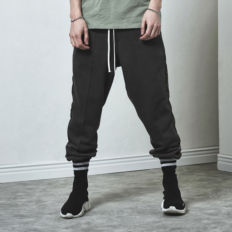 [D.PRIQUE] TRACK SWEAT PANTS / CHARCOAL