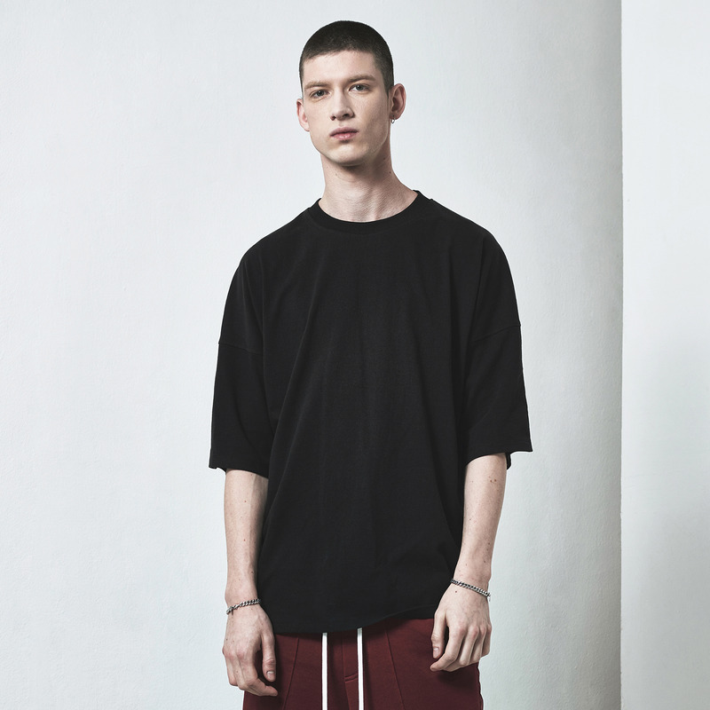 [D.PRIQUE] OVERSIZED BASIC T-SHIRT / BLACK