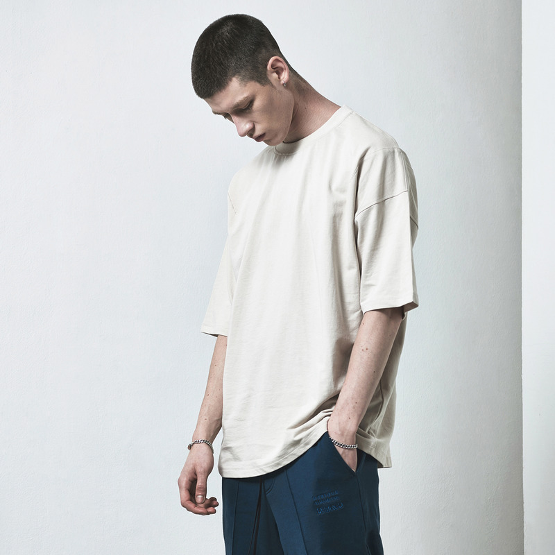 [D.PRIQUE] OVERSIZED BASIC T-SHIRT / BEIGE