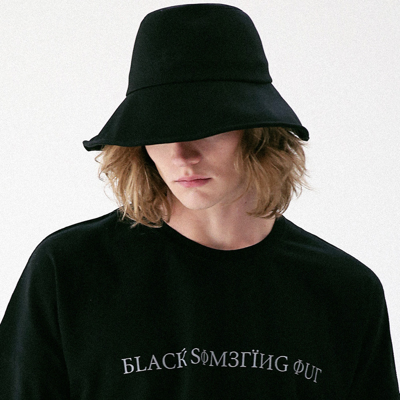 [MASSNOUN] BURIED BUCKET HAT MUVAC001-BK