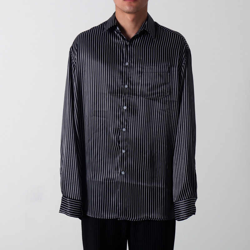 [마지막 수량 SALE] [COUPDEGRACE] BLACK STRIPE OVERSIZED SHIRT