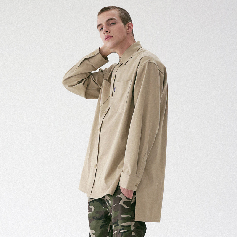 [MASSNOUN] D-ORNAMENT SIDE VENT LONG SHIRT MFVST001-BG