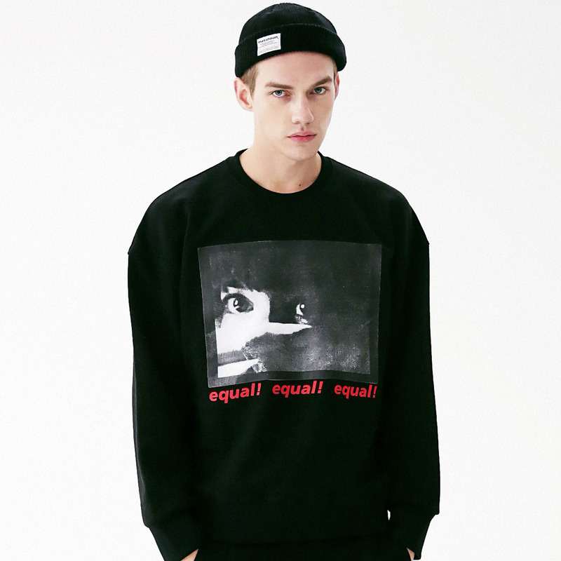 [MASSNOUN] THREAT CREWNECK SWEATSHIRT MFVCR001-BK