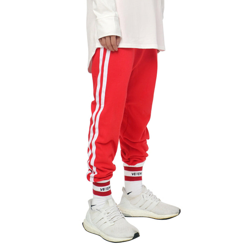 [DEADEND] RED WHITE JOG PANTS