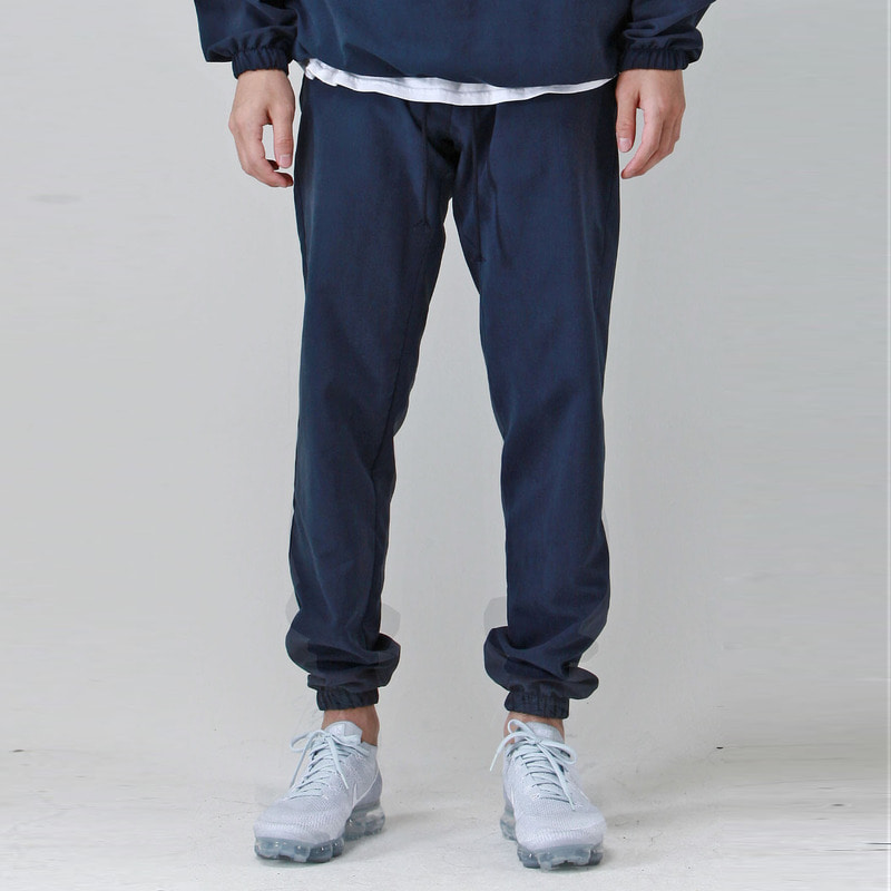 [TAKEASY] BRUSHED WINDCHEATER JOGGER (NAVY)