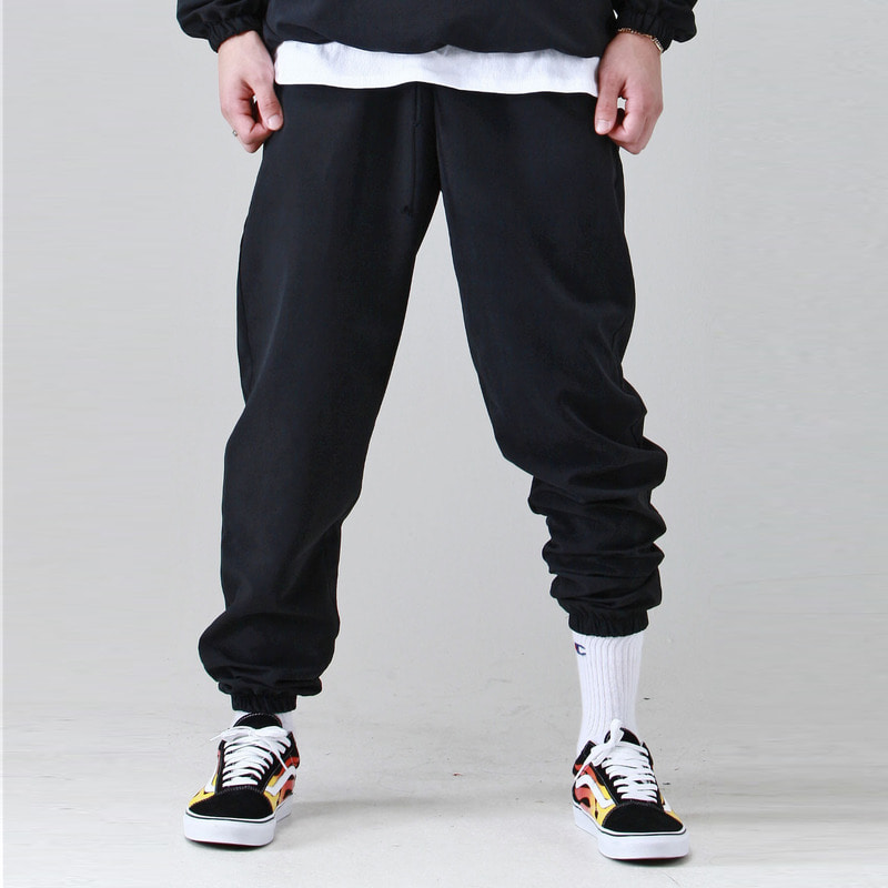 [TAKEASY] BRUSHED WINDCHEATER JOGGER (BLACK)