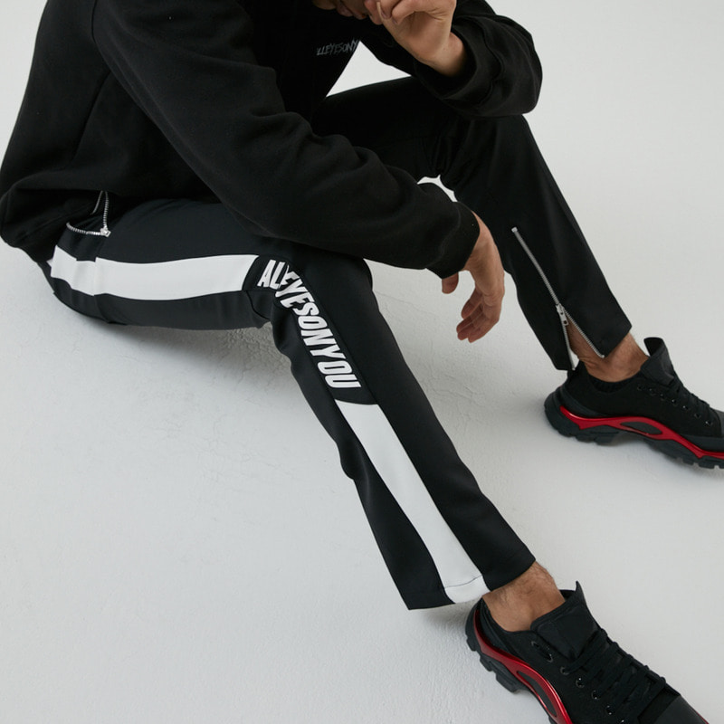 [ALLEYESONYOU] SIGNATURE PT PANTS BLACK