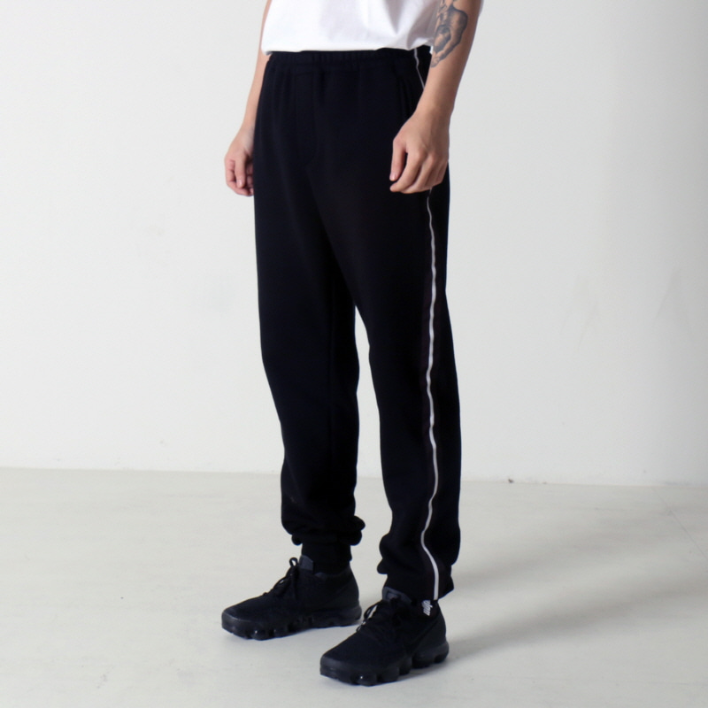 [$ SHOP SALE] [NEIGE] SWEATPANTS BLACK