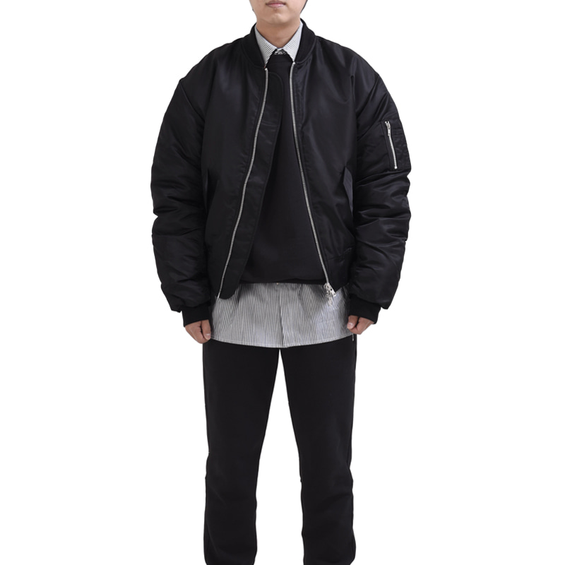 [RCNP] OVERSIZED HOODIE BOMBER (BLACK)