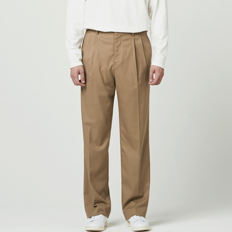 [NOVELLA] TWO-TUCK WIDE TROUSER BEIGE