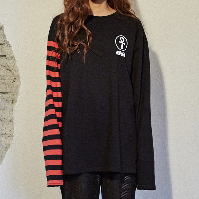[2018 SUMMER SALE] [NSTK] HALF STRIPE LONG SLEEVE TEE (BLK)