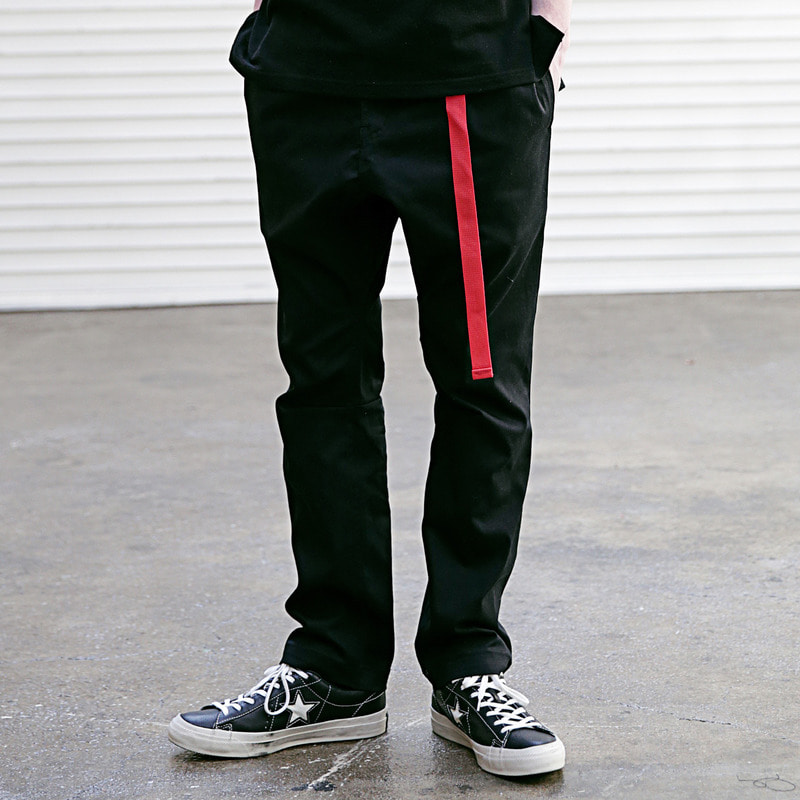 [4/13 예약배송] [MASSNOUN] INCLUDE BELT CHINO PANTS MSECP001-BK