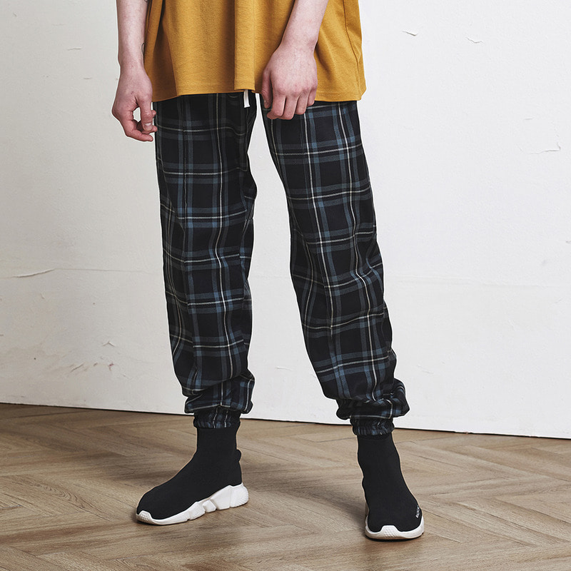 [SUMMER SALE 20% OFF] [DPRIQUE] CHECK JOGGER PANTS (BLACK)