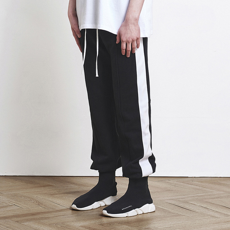 [SUMMER SALE 20% OFF] [DPRIQUE] TRACK JOGGER PANTS (BLACK/WHITE)