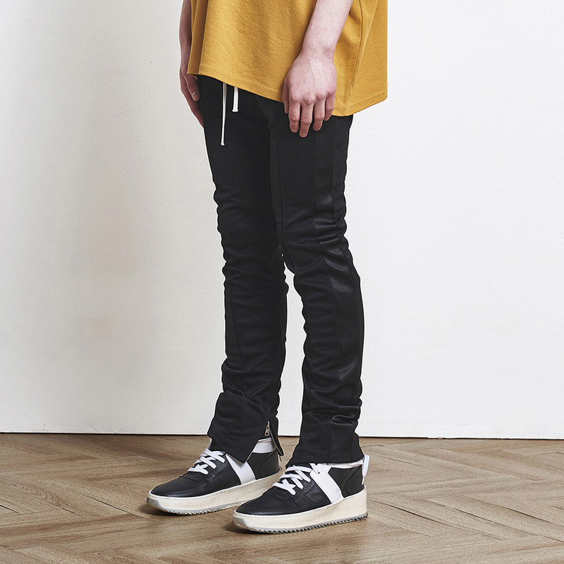 [SUMMER SALE 20% OFF] [DPRIQUE] TRACK ZIPPER PANTS (BLACK/BLACK)