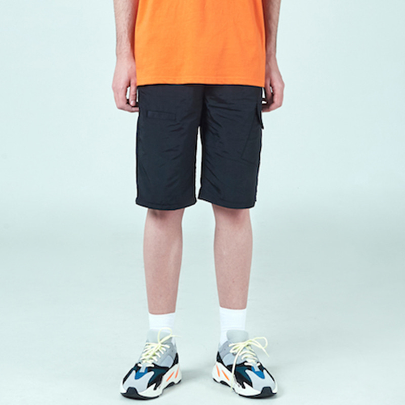 [DEADEND] BLACK CARGO SHORTS