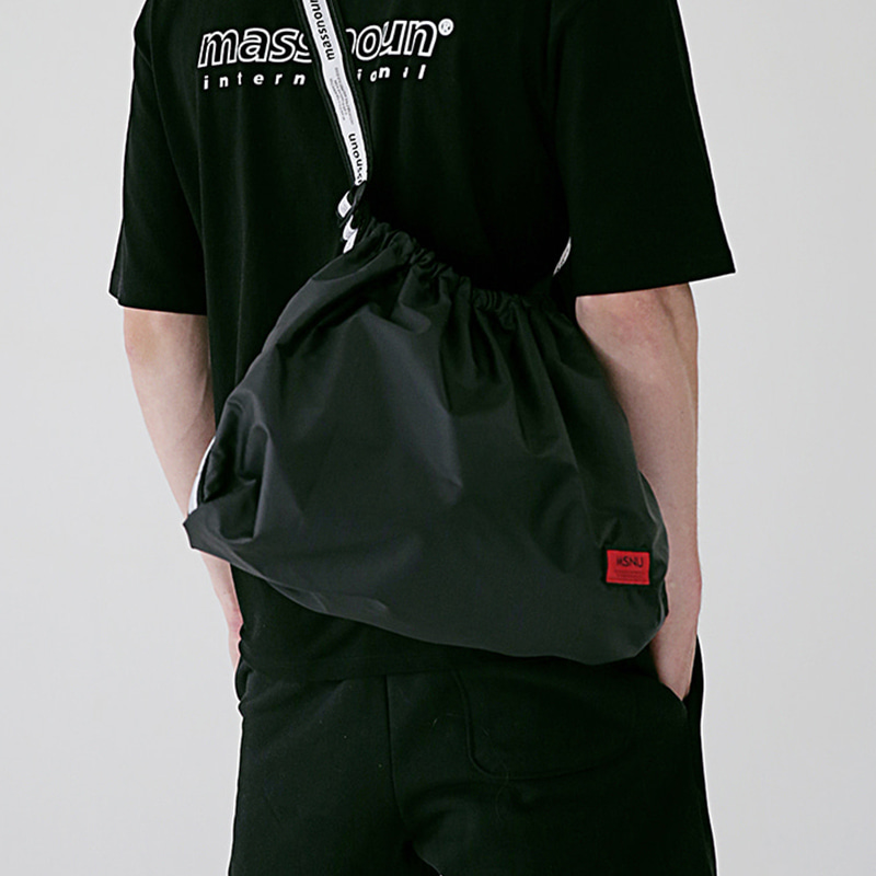 6/29 배송 [MASSNOUN] LINE SL LOGO NYLON SHOULDER BAG MSEAB003-BK
