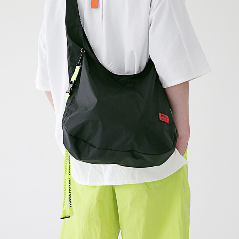 [MASSNOUN] REVERSIBLE MULTI SHOULDER BAG MSEAB002-BK
