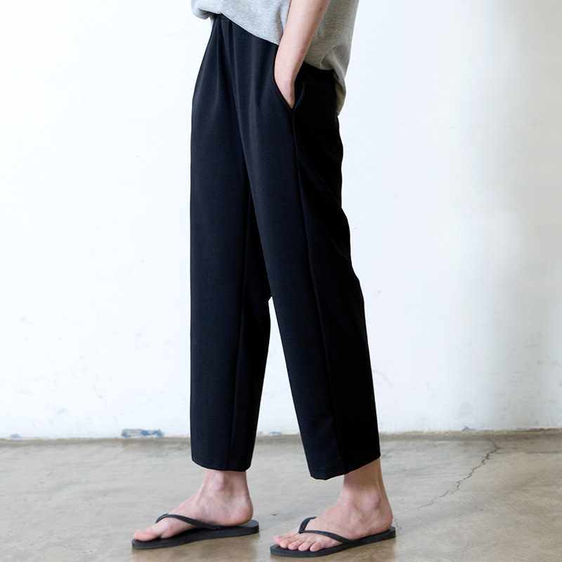 [SUMMER SALE 20% OFF] [WHOLOVESART] UNISEX STRAIGHT CROP BENDING SLACKS (BLACK)