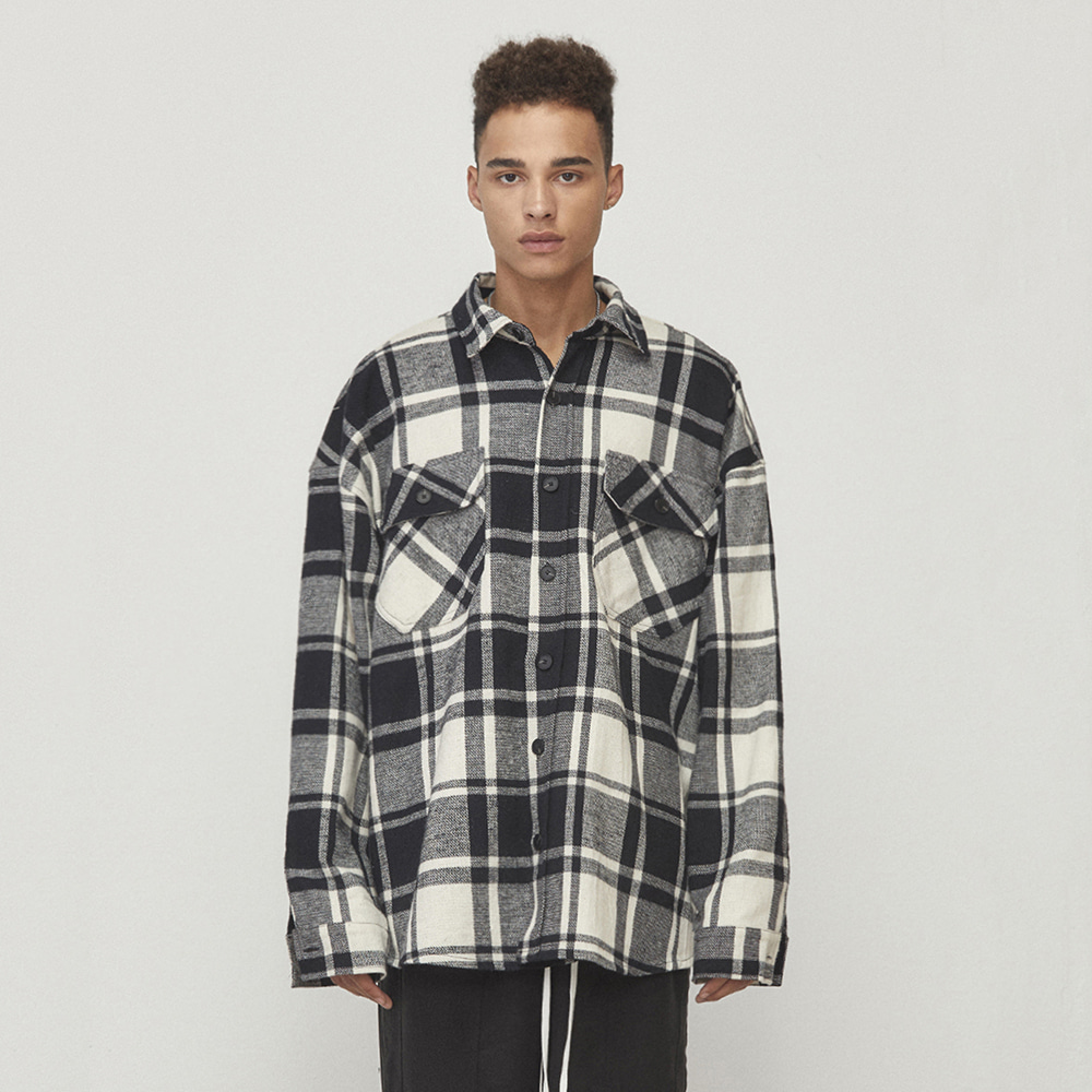OVERSIZED CHECK SHIRT (BLACK/WHITE)