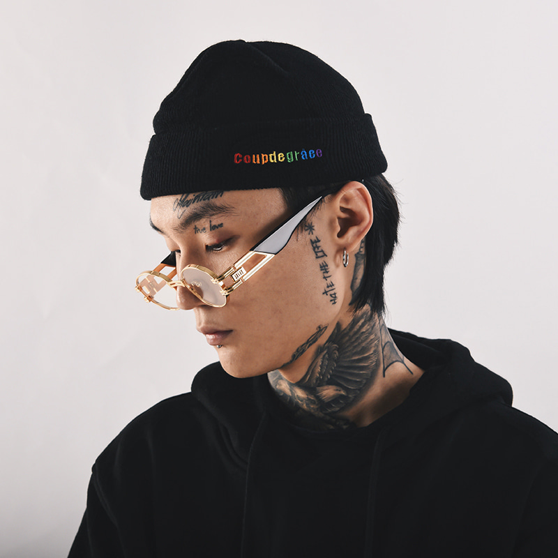 RAINBOW LOGO SHORT BEANIE (BLACK)