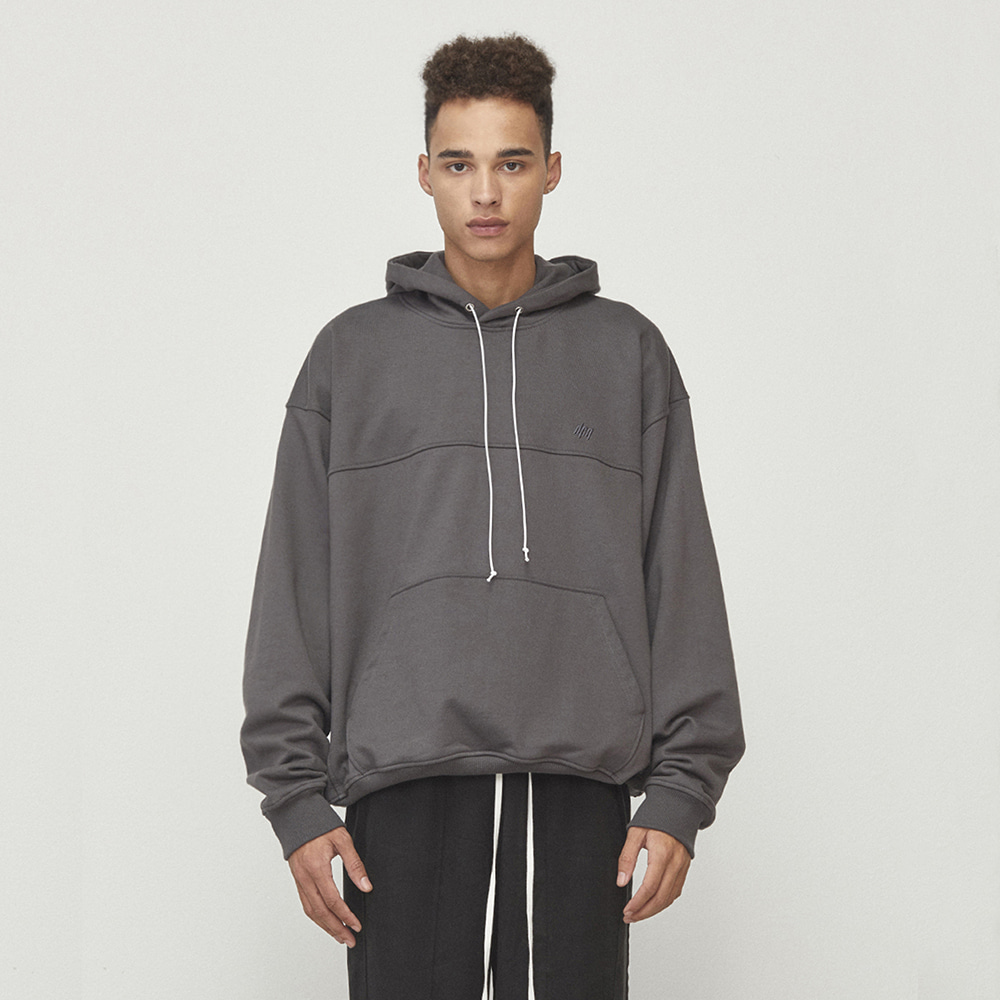 OVERSIZED STRING HOODIE (CHARCOAL)