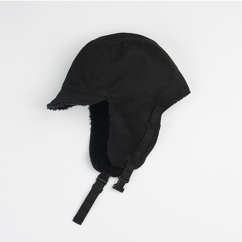 BUCKLE REVERSIBLE TROOPER HAT BLACK