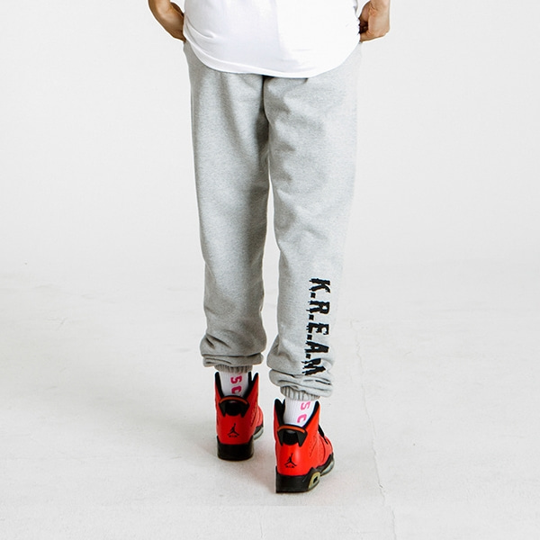 K.R.E.A.M. GREY SWEAT PANTS