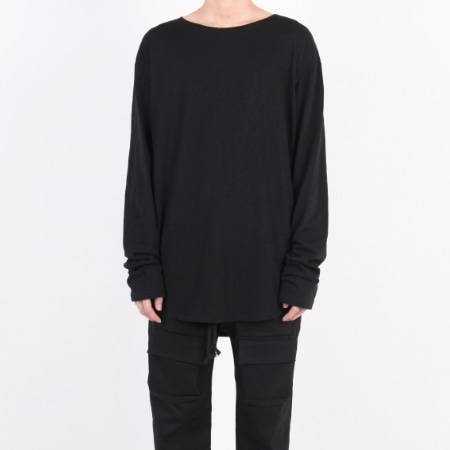 OVERFIT U-NECK LONG SLLEVE BLACK