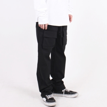 OVERFIT POCKET PANTS BLACK