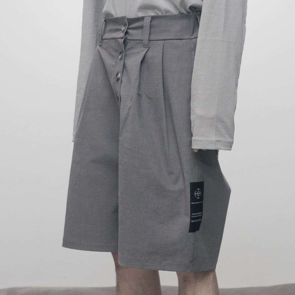 FADED 2TUCK HALF PANTS (GREY)