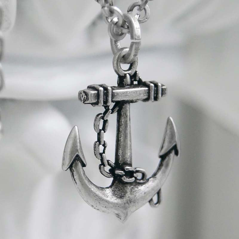 ANCHOR O CHAIN NECKLACE