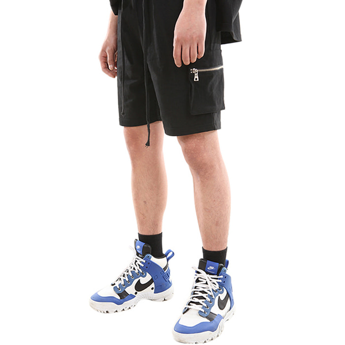 UTILITY ZIPPER SHORT PANTS