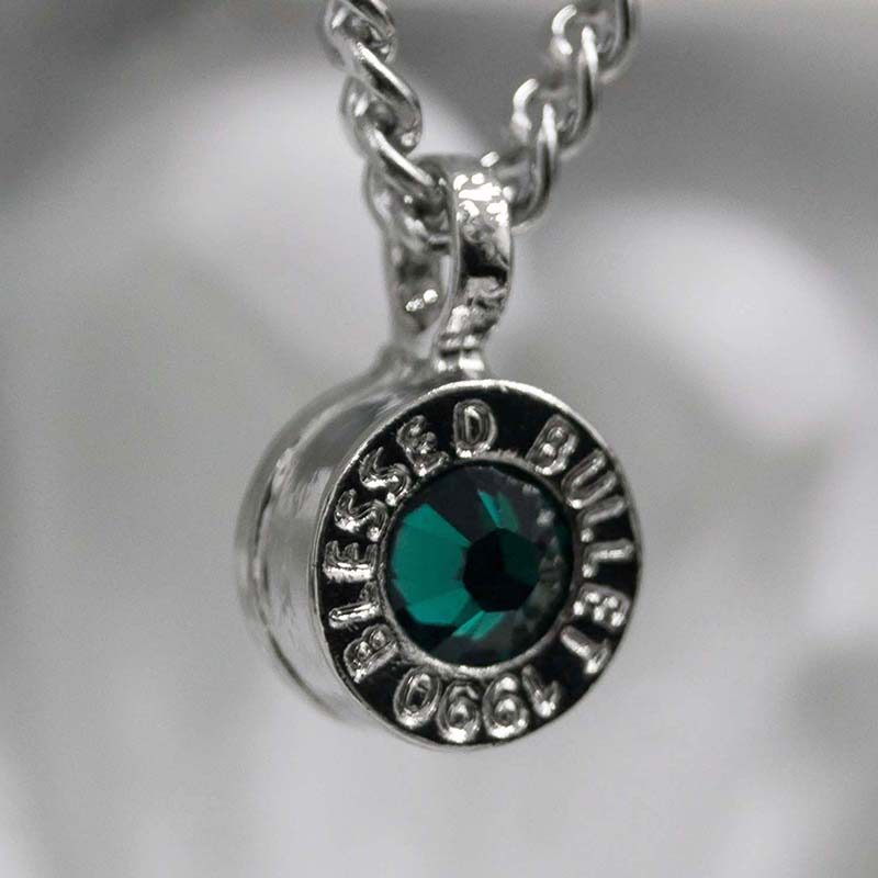 BULLET BACK NECKLACE(EMERALD)