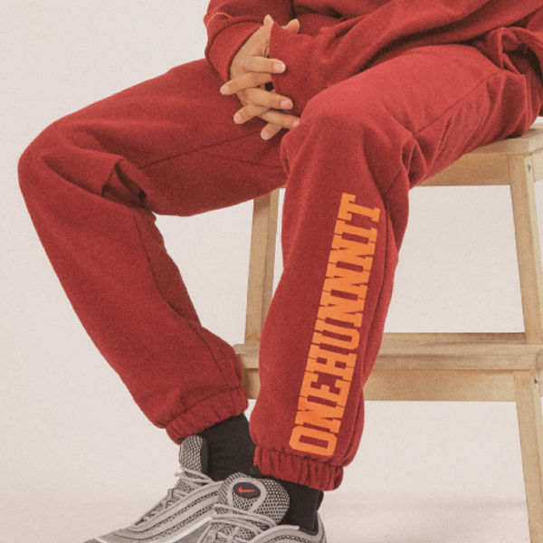 17 AW BASIC FONT SWEAT PANTS (RED WINE)