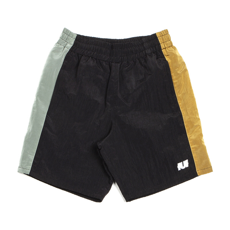 LINE TRACK SHORTS BLACK/GREEN