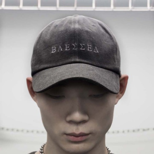 FADED OVERSIZE BALL CAP