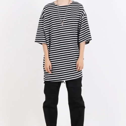SUPER OVERFIT BOAT NECK T-SHIRT BLACK STRIPE