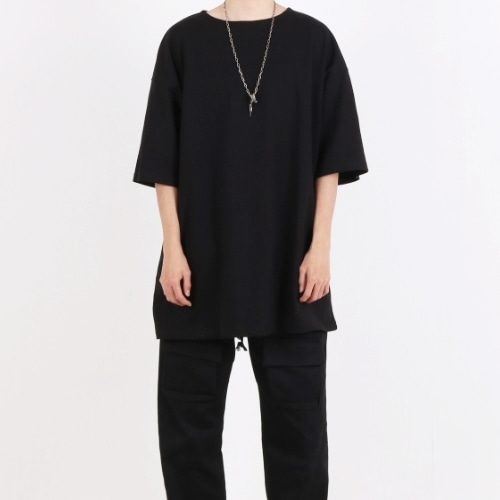 SUPER OVERFIT BOAT NECK T-SHIRT BLACK