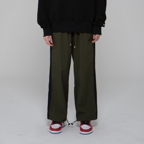 SIDE LINE WARM UP PANTS DARK GREEN