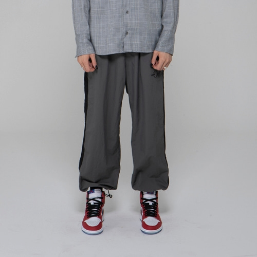 SIDE LINE WARM UP PANTS GRAY
