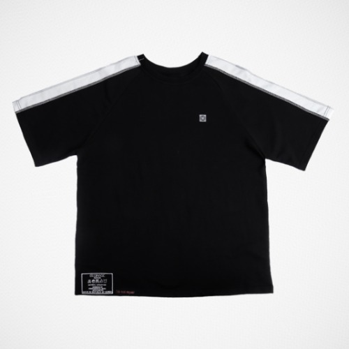 REFLECTIVE STITCH T-SHIRTS